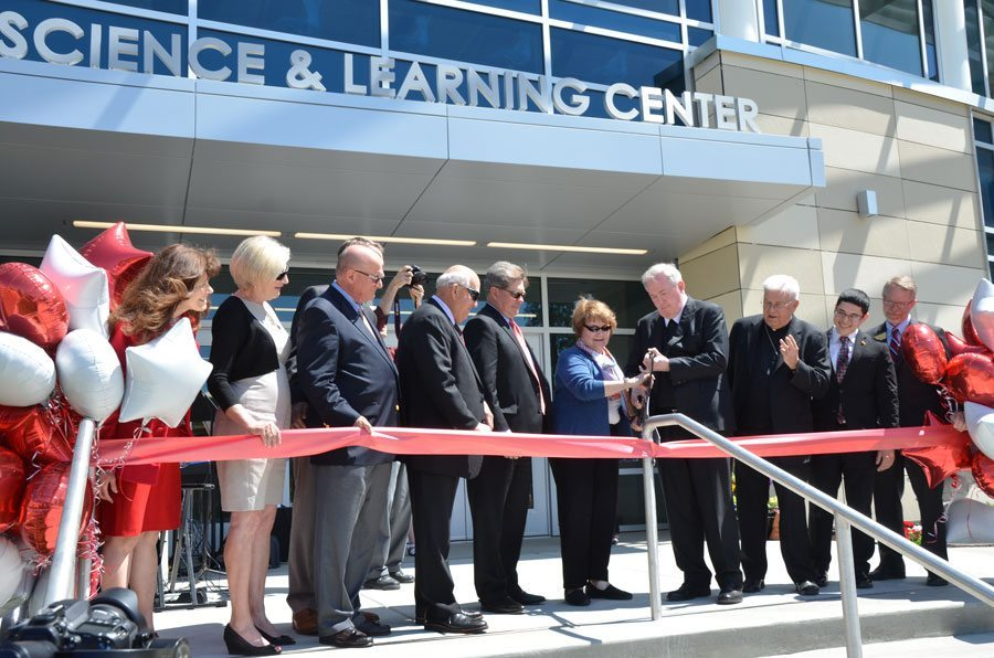 Saint Mary's dedicates Science and Learning Center [video]